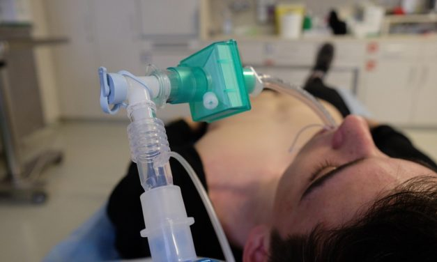Infografía – Material necesario para intubación endotraqueal